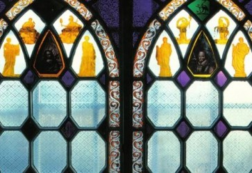 Through the Rainbow: Exhibition of Contemporary Glass at Red House Museum