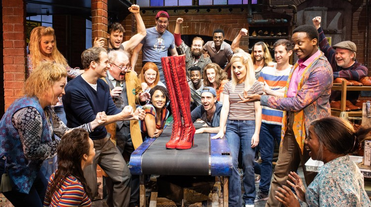 KINKY BOOTS STRUTTS INTO TOWN
