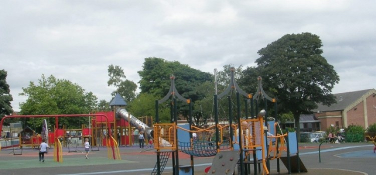 PARK PLAYGROUNDS TO CLOSE