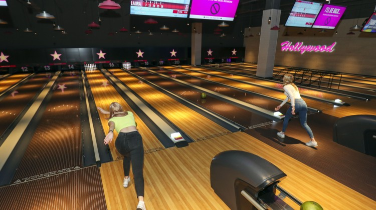 HOLLYWOOD IS READY TO BOWL YOU OVER…..
