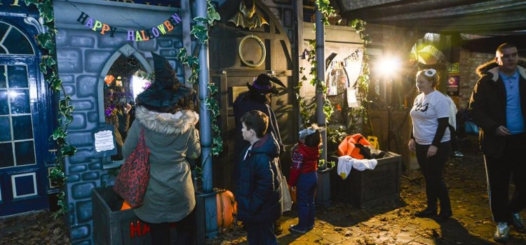 SPOOKTACULAR FUN AT LIGHTWATER VALLEY FOR HALF TERM