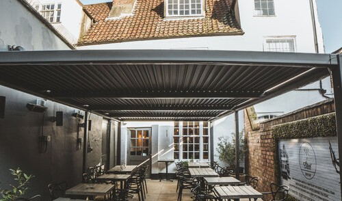 YORK'S BEST KEPT OUTDOOR DINING SECRET